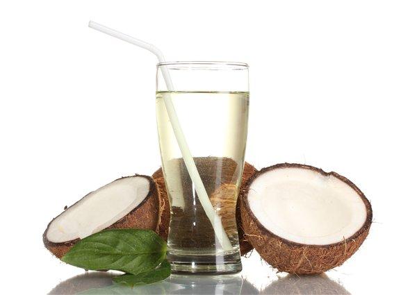 Вьетнамская кокосовая вода.