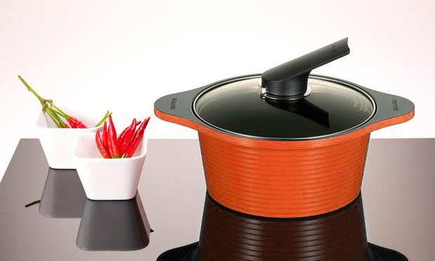 Оранжевая кастрюля Alumite от HappyCall