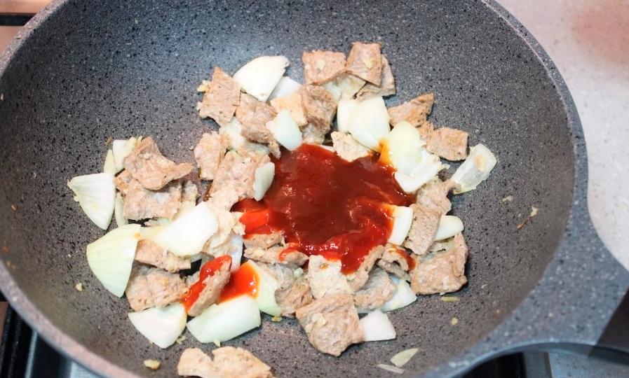 Ингредиенты для Поккыма с соевым мясом.
