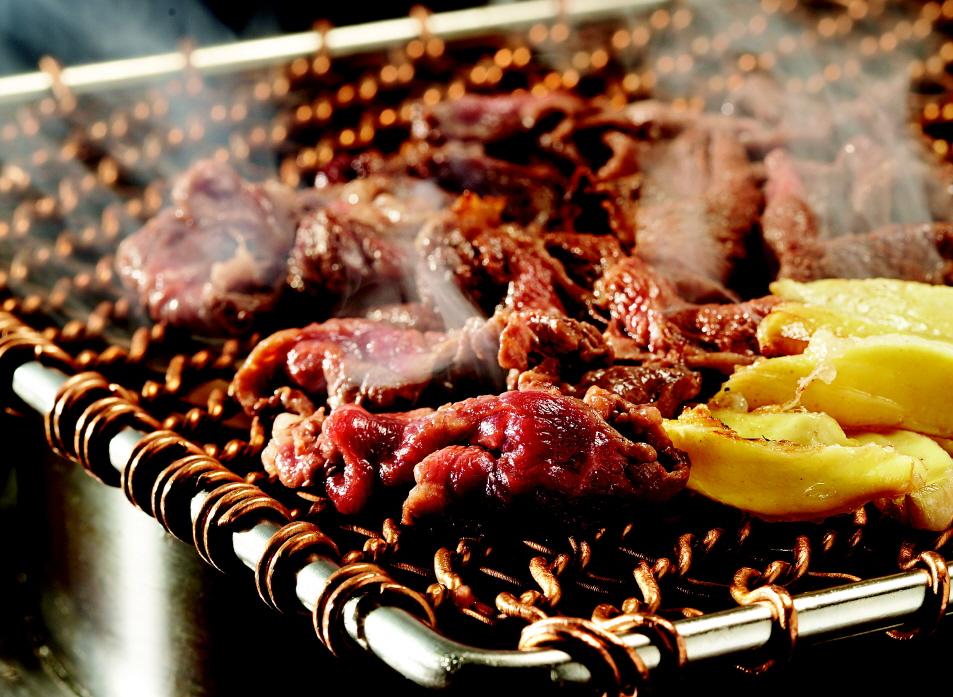 Пулькоги - это маринованная говядина по-корейски, приготовленная на огне или решетке