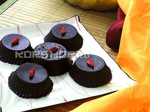 Пирожные из черного риса